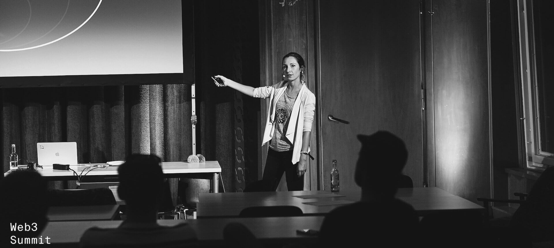 IraNezhynska-Web3summit-bw2-slider